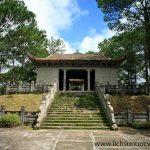 Lăng Long Mỹ Quận Công Nguyễn Hữu Hào