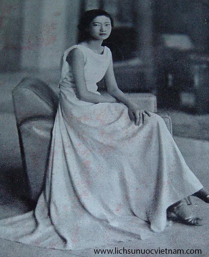 nam-phuong-hoang-hau-thoi-con-gai